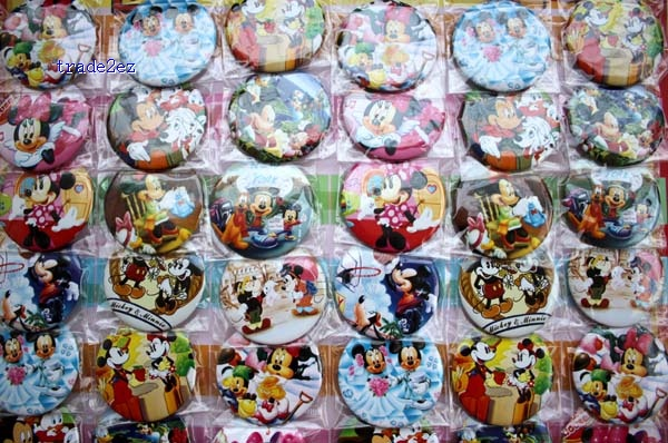 mickey minnie mouse 4.5cm badge