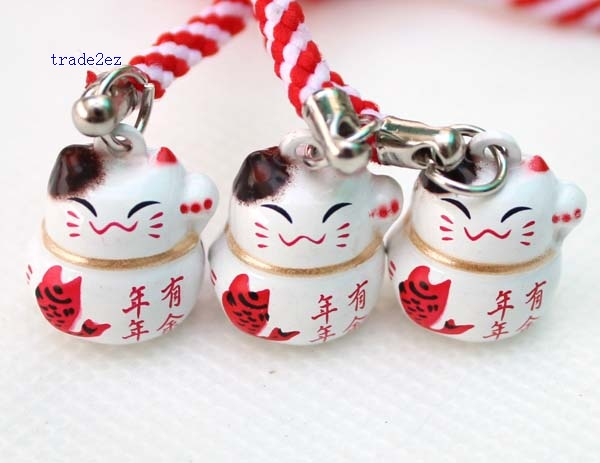 year enough lucky cat ring
