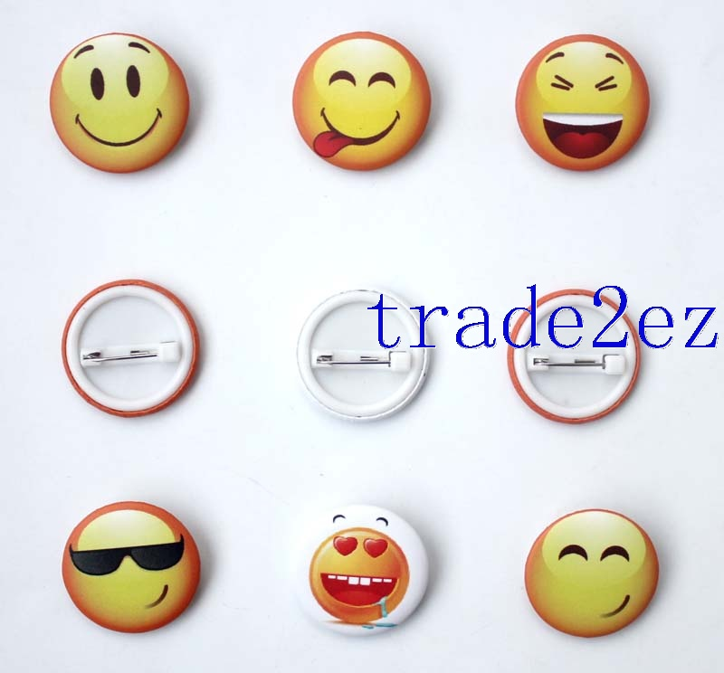 Yellow Smiley face 2.5cm badge Badge & Buttons