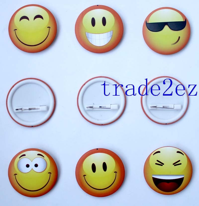 Different Smiling face 4.5cm Cartoon Badge & Buttons